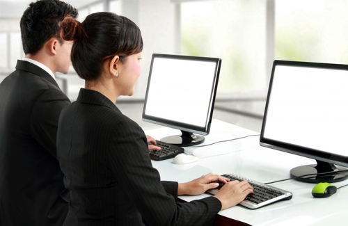 Good desk posture workers
